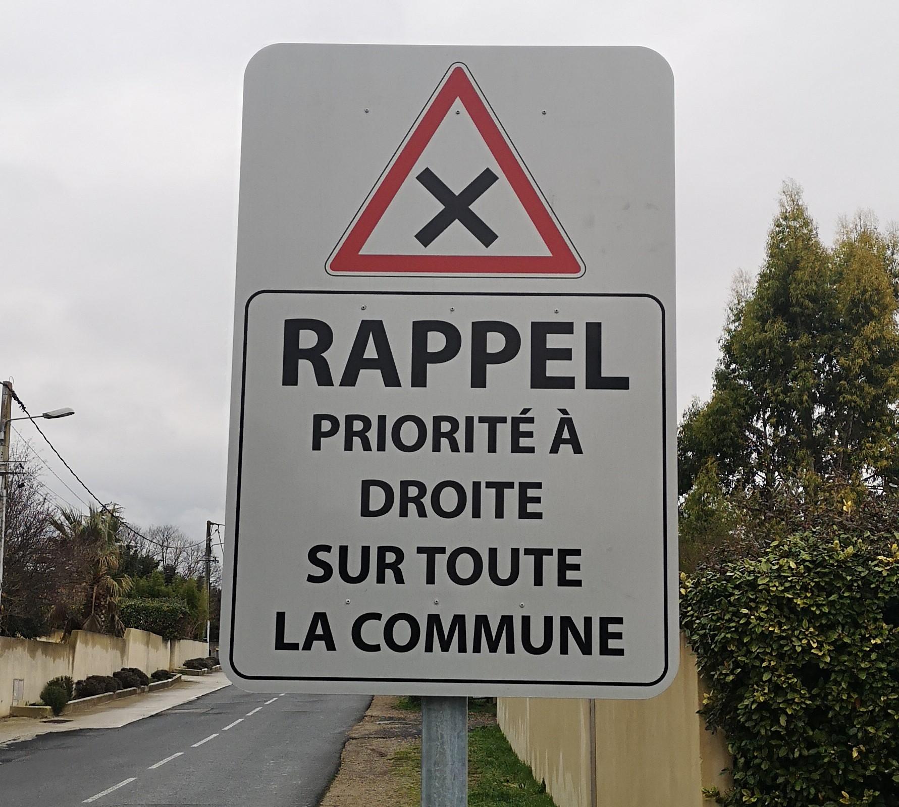 Image PRIORITÉ À DROITE – LA CAMPAGNE D'INFORMATION S'INTENSIFIE